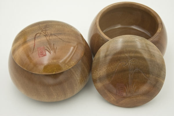 Mulberry Tree Bowls, glossy
